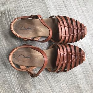 76789db7f83 Women s Clarks Fisherman Sandals on Poshmark